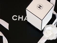 Designspiration — QBN - POTD Fashion Packaging