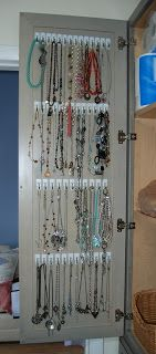 Kid Friendly Organic Life: necklace storage