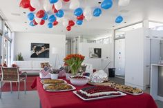 Although 4th of July themed....I love the simplistic layout!