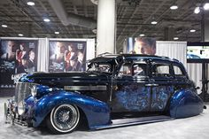 Mural on 1939 Chevrolet Master Deluxe for Gangster Squad Chevy, Chevrolet, Lowrider Art, Trucks And Girls, Amazing Cars, Hot Cars, Custom Cars, Cars Motorcycles, Vintage Cars