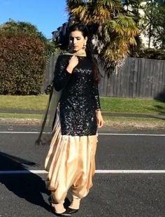 ~ Indian Party Wear Heavy Dress Suit Salwar Kameez With Dupatta Black Standard ~ Indian Designer Suits, Indian Suits, Indian Dresses, Kurta Designs Women, Kurti Neck Designs, Lehenga Designs, Dress Designs, Punjabi Dress, Punjabi Suits