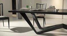The HEIJDEN HUME signature collection is the creation of Kate Hume and designer Frans van der Heijden who have been collaborating since the early Table Furniture, Modern Furniture, Furniture Design, Floor Desk, Modern Office Design, Square Tables, Dining Chairs, Dining Rooms, Table Legs