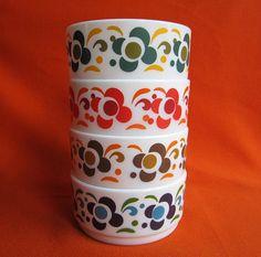 SALE Four Arcopal Knorr Bowls four different by TeaCupCakeNL, €15.50