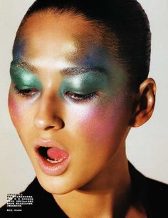 Bruna Tenorio by Cedric Buchet for Beauty Vogue China 2007 – Beauty and Make Up Pictures