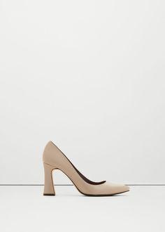 Laková obuv na podpatku