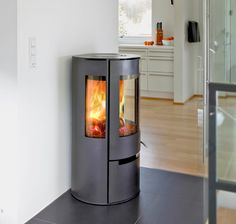 Aduro 9 DEFRA Black contemporary stove