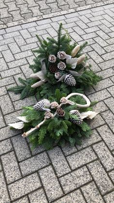 Grave arrangement suitable in high and flat - Grave arrangement suitable in high and flat - Christmas Flower Decorations, Grave Decorations, Xmas Wreaths, Holiday Decor, Easter Flower Arrangements, Christmas Arrangements, Grave Flowers, Funeral Flowers, Tombstone Designs