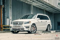 Mercedes Benz rolling on a set of Vellano VTV Concave Mercedes Benz Gl, My Dream Car, Dream Cars, 3rd Row Suv, Gmc Denali, Rims For Cars, Forged Wheels, Classic Mercedes, Luxury Suv