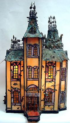 Mahoney DollHouse b 053.JPG 358×630 (Jt-Beautiful Stained Glass Castle with copper fish scale roof. States it has elaborate fireplace but sadly no pic!)