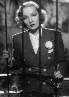 """Marlene Dietrich en""""Deseo"""" (Desire), 1936"""