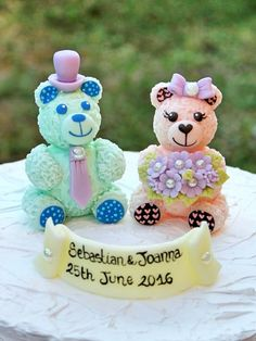 Bear cake topper for wedding unique personalized by PerlillaPets
