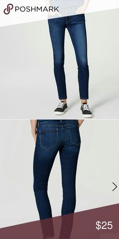 """♈Skinny Curvy modern jeans♈ Dark indigo, mid rise with a slim, front zip with button closure, belt loops, five pockets styling, signature hardware, 30 """" inseam,  regular style, 91% cotton, 7% polyester LOFT Jeans"""