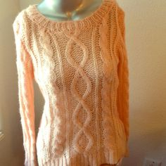 """❤️ H&M Pink Long Sleeves Sweater ❤️❤️❤️Valentine's Day Sale❤️❤️❤️ H&M Pink Long Sleeves Pattern Knit Sweater. Size Small. 80% Acrylic, 10% Mohair, 10% Wool. Measurements: Armpit to Armpit 17"""", Length 23"""", Sleeves 25.5 H&M Sweaters"""