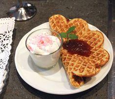 Waffles, Breakfast, Unique, Food, Morning Coffee, Meals, Waffle, Morning Breakfast