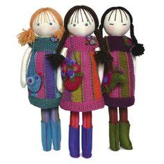 Handmade felt dolls and accessories pattern book
