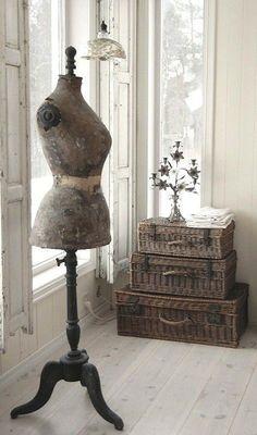 costura-a-medida-barcelona-maletas-deco-boda-1.jpg (550×934)
