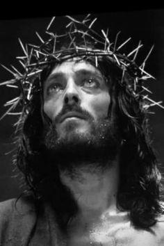 Christ Tattoo, Jesus Tattoo, Religious Tattoos, Religious Art, Jesus Christ Drawing, Christian Drawings, Hair Tutorials For Medium Hair, Pictures Of Jesus Christ, Jesus Wallpaper