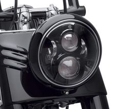 Daymaker™ LED Lamps are brighter and provide a superior light pattern than standard incandescent bulbs. | Harley-Davidson 7 in. Daymaker Projector LED Headlamp - Gloss Black