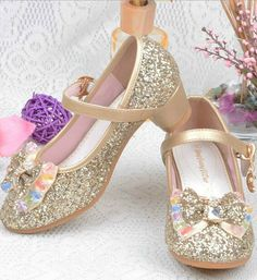 Toddler & Little Girl Shoes-Gold Cone Heel Sparkle Glitter Flower Girl Princess Shoes This very soft shoes made of  PU leather, cotton & rhinestone Perfect for weddings, birthday, communion, baptism, christmas or baby shower gift