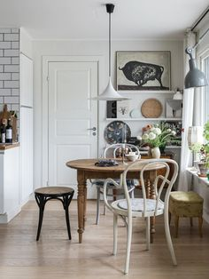 A Scandinavian 1970s Villa Filled With Vintage Decor and Art - The Nordroom