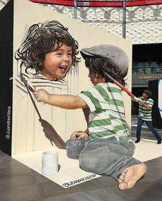 Beautiful Street Art. Work in Dubai by Juandrés Vera. Creative street art.