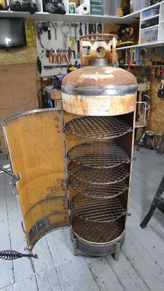 100 Lb Propane Tank Smoker Build : 10 Steps (with Pictures) - Instructables Diy Smoker, Bbq Pit Smoker, Homemade Smoker, Bbq Grill, Diy Wood Stove, Wood Stove Cooking, Fire Cooking, Jet Stove, Gas Bottle Wood Burner