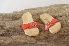 Vintage Wooden Red Glogs Girl Shoes 70s by butanika