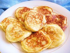 Today we will make Banana Pancakes recipe.How to Make Banana Pancakes step by step recipe. Watch my Banana Pancakes recipe video. Breakfast And Brunch, Breakfast Recipes, Snack Recipes, Cooking Recipes, Breakfast Pancakes, Paleo Pancakes, Paleo Breakfast, Breakfast Ideas, Poffertjes