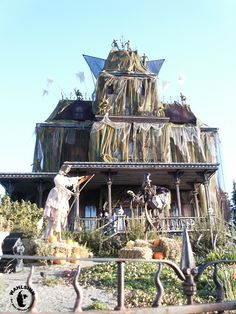 Disneyland - Frontierland - Phantom Manor