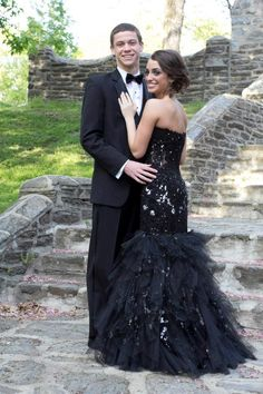 My senior prom dress! I looooved it and still do! Prom Pictures Couples, Homecoming Pictures, Prom Couples, Prom Photos, Prom Pics, Dance Photos, Couple Pictures, Prom Picture Poses, Picture Ideas
