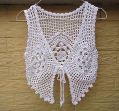 tie front crop top white crochet vest