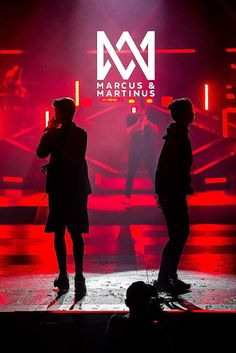 Bars And Melody, Cute Twins, Pretty Wallpapers, Iphone Wallpaper, Portrait, My Love, Concert, Backgrounds, Wattpad