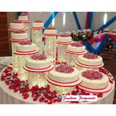 Wedding Cakes Wedding Cake Stand Cascade waterfall crystal set of 11 Asian wedding acrylic cake stands with a battery operated LED light. Wedding Cake Stands, Cool Wedding Cakes, Beautiful Wedding Cakes, Gorgeous Cakes, Wedding Cake Designs, Wedding Cake Toppers, Wedding Favors, Wedding Rings, Wedding Themes