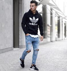 Stylish Mens Outfits, Casual Outfits, Men Casual, Casual Chic, Ripped Jeans Look, Bad Boy Style, Streetwear, Plain Shirts, Mens Clothing Styles