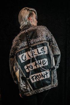 Punk Jackets, Punk Fashion, Rockabilly Fashion, Lolita Fashion, Diy Fashion, Fashion Boots, Battle Jacket, Laced Up Shirt, Riot Grrrl