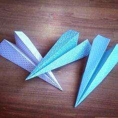 Esta tarde a hacer aviones y al parque para ver como vuelan Planes, Birthday Ideas, Origami, Mom Advice, Baby Month Pictures, Park, Meet, Paper Envelopes, Summer Time