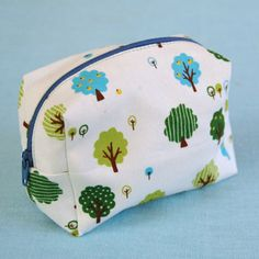 "Cute boxy pouch tutorial.  Size of this one is 4.5"" long x 3"" high."
