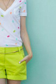 Martha Stewart's Clever Crafters: Studio DIY: Confetti T-Shirt Diy Back To School, Back To School Outfits, Look Fashion, Diy Fashion, Fashion Design, School Fashion, Diy Confetti, Diy Sac, Style Japonais