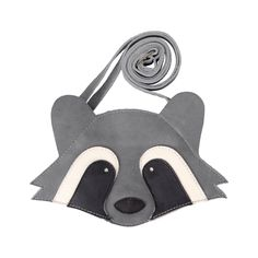 Your little-one will be irresistibly cute with this Raccoon purse! Which treasures will be kept in the Britta of your little one? The Britta has an adjustable strap and is easy to close due to the zipper. Delivered in a beautiful package. Toddler Clothing Stores, Baby Christmas Gifts, Racoon, Kids Bags, Creative Kids, Leather Working, Toddler Outfits, Backpack Bags, Little Ones
