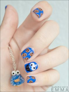 Cute cookie monster nail art nail art ideas and nail color trends nailstorming 3 monstres cratures tranges autres habitants du placard cookie monster voltagebd Images