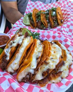 everybody loves to eat steak quesadilla chips and queso source I Love Food, Good Food, Yummy Food, Tasty, Yummy Yummy, Food Goals, Aesthetic Food, Food Cravings, Food Dishes