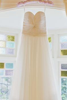 Stunning gown by Karen Willis Holmes | Photography: Weddings By Morris - weddingsbymorris.com.au  Read More: http://www.stylemepretty.com/australia-weddings/2014/04/22/romantic-summer-wedding-at-gunners-barracks/