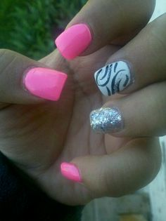 My graduation nails :)