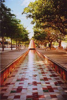 Lissabon fotomomentje #2: de watervulkanen in Parque das Nações - Lomography