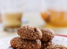 Para acompanhar o café ou petiscar durante o dia, experimente o cookie de quinua e mel. São rápidos de fazer e estão liberados na diet
