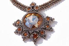 Leuchtsignale: Lady Madeleine´s Necklace
