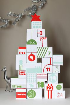 Printable, reversible Advent calendar stacks up to a festive, interactive Christmas countdown | Inhabitots