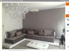 Canapé oriental contemporain Wood Bedroom, Bedroom Decor, Sitting Arrangement, Islamic Decor, Moroccan Interiors, Minimal Home, Diy Sofa, Sofa Set, Traditional House