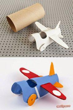 Como estamos na semana do Dia das Crianças, que tal inovar nas brincadeiras e curtir o dia brincando muito com o seu filho (a). Es...