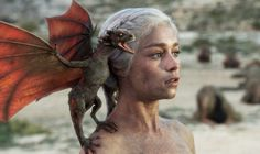 Game of Thrones Daenerys with baby dragons